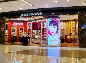 TDF_Visual Merchandising Storytelling Manufacturing Specialist_Dolce & Gabbana Beauty flagship store_instore_beauty_display_tools