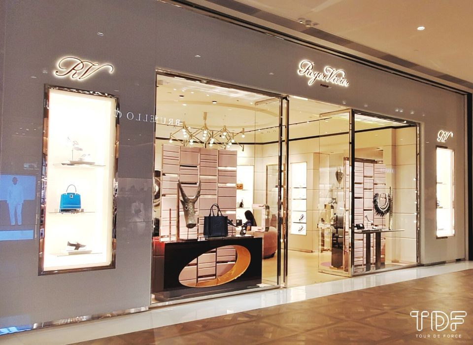 TDF_Visual Merchandising Storytelling Manufacturing Specialist_Luxury Shoe Displays_Roger Vivier 2020 Spring Summer Collection