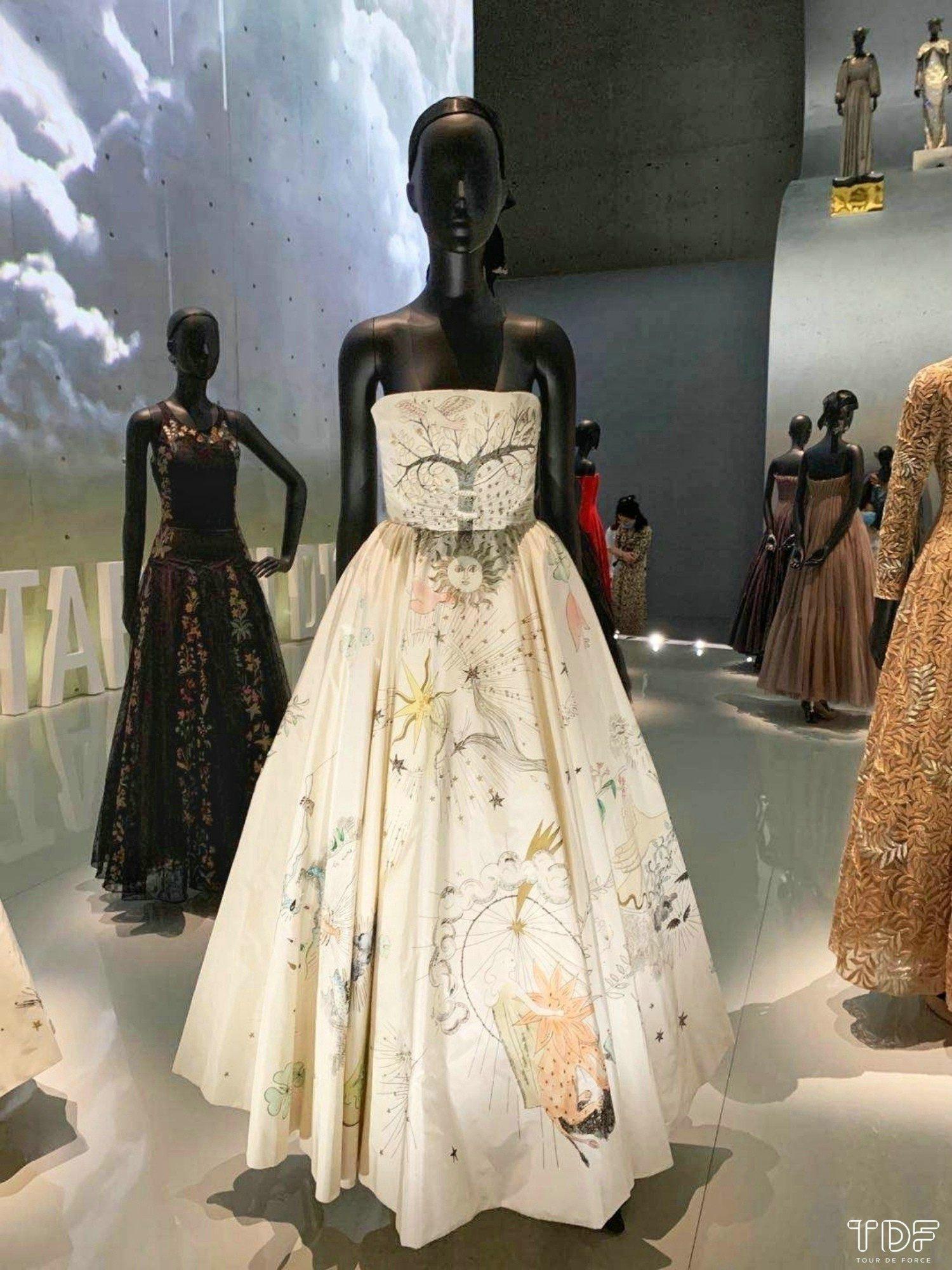 Christian Dior Designer of Dreams Exhibition Shanghai_TDF_Visual Merchandising Manufacturer