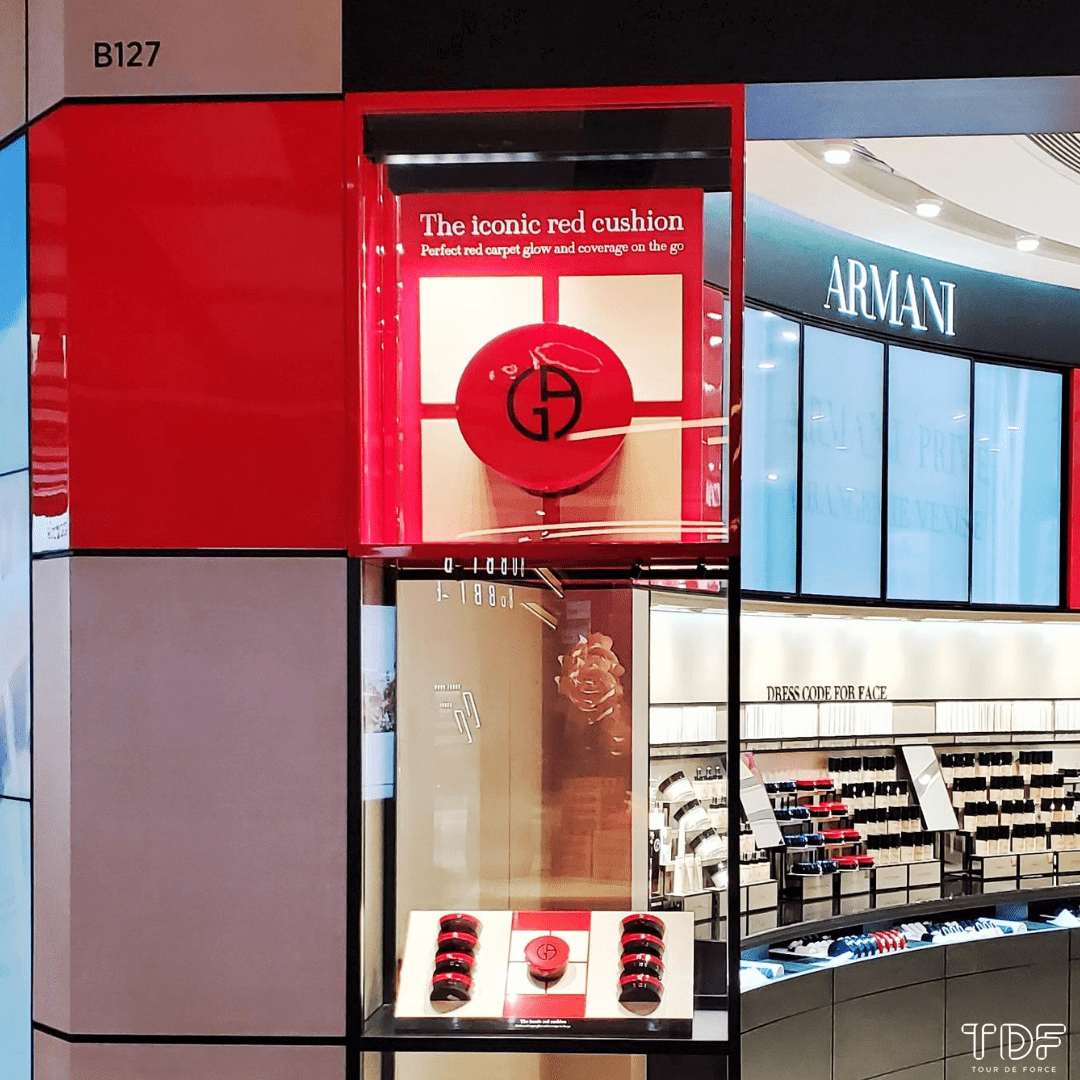 TDF_Visual Merchandising Storytelling Manufacturer_Giorgio Armani_Luxury Window Display_Beauty Product displays