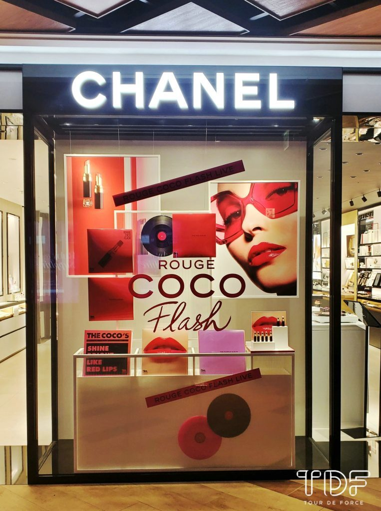 TDF_Visual Merchandising Storytelling Manufacturing_Chanel Cosmetic Beauty Window Display