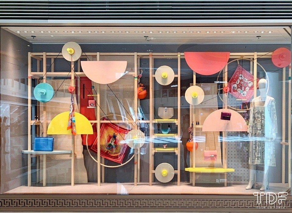 Luxury Window Display_Hermes_Pre-fall 2020_TDF_Visual Merchandising Storytelling