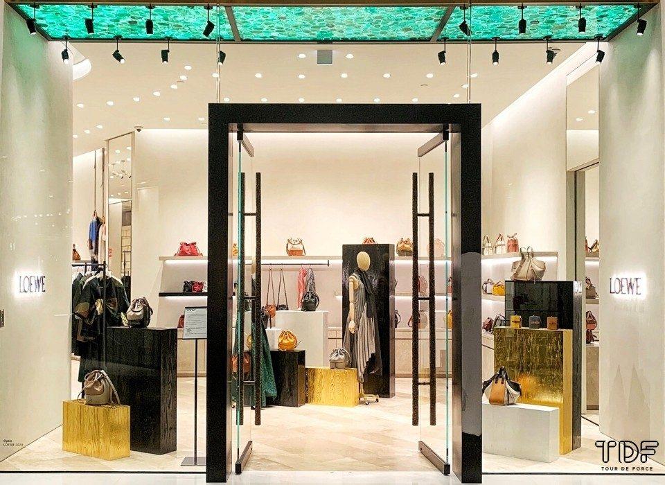 fashion shop window display_shop window display_TDF Visual Merchandising Manufacturer