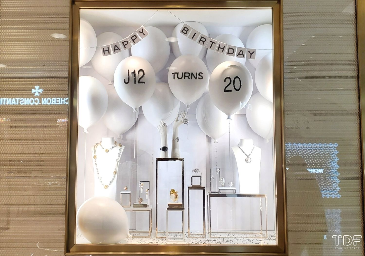 Jewellery-and-Watch-Window-Display_store_window-display_TDF_Visual-Merchandising-Manufacturing-Specialist