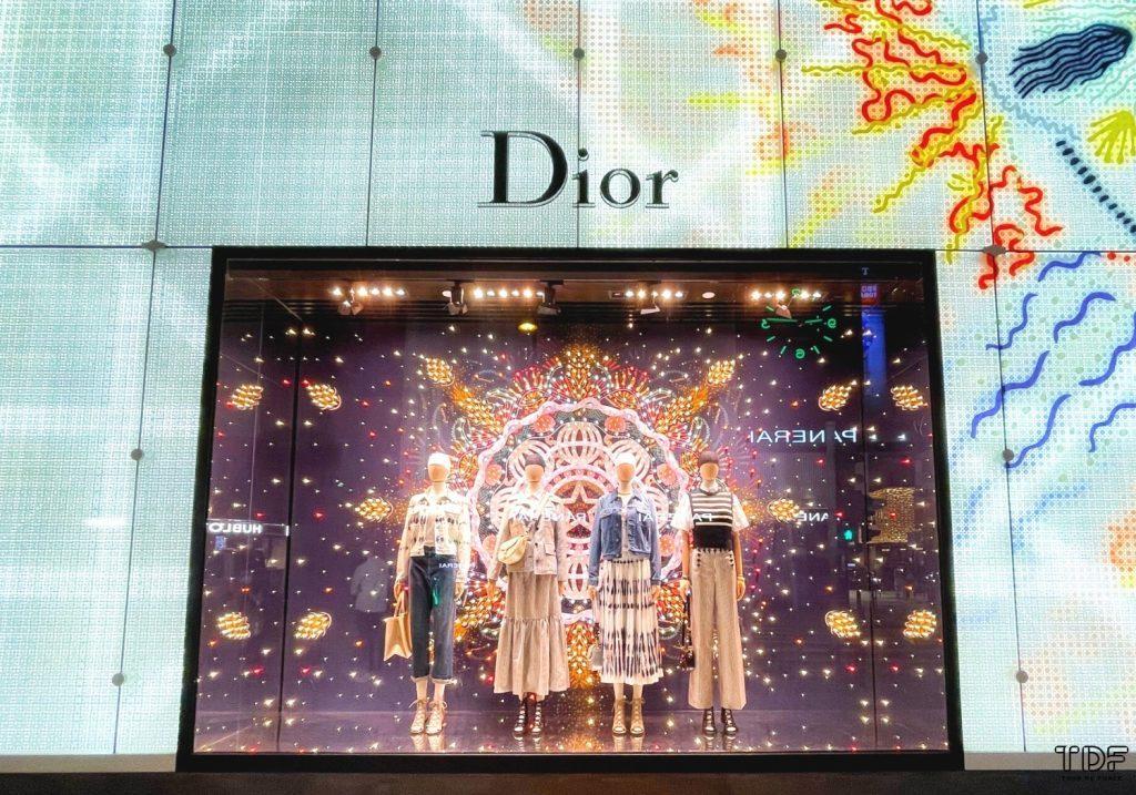 christmas window displays 2020,TDF Visual Merchandising Manufacturer