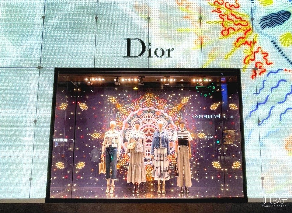christmas window displays 2020,TDF Visual Merchandising Manufacturer