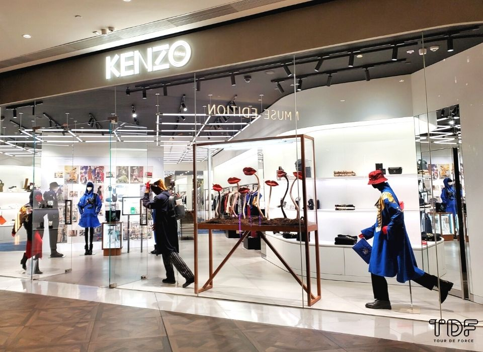 open window displays_Kenzo_TDF Visual Merchandising Production