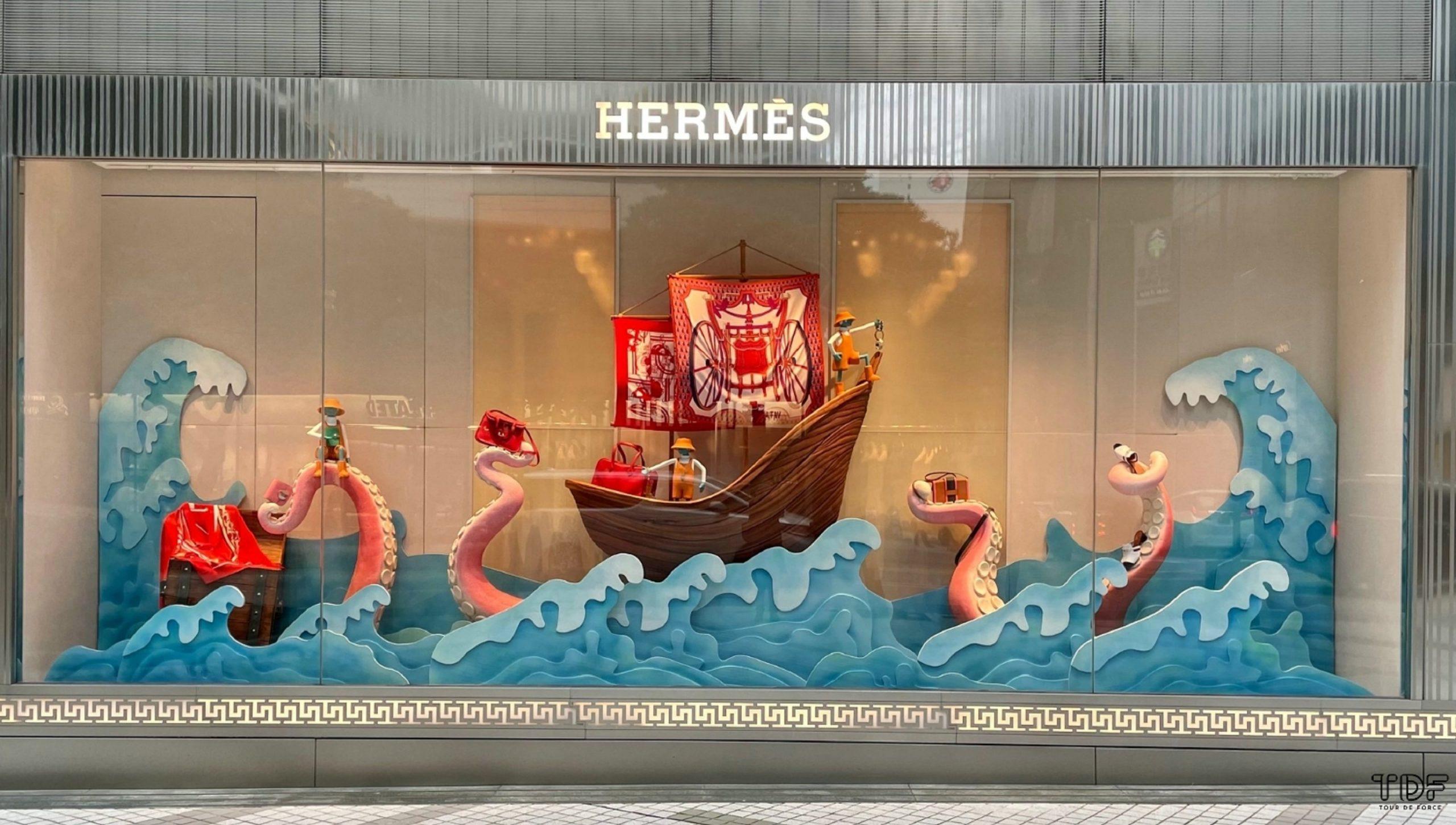 Store window, window display, Hermes Resort 2021 Ready-to-Wear collection, Visual merchandising
