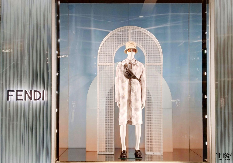 window displays, store windows, TDF visual merchandising manufacturer