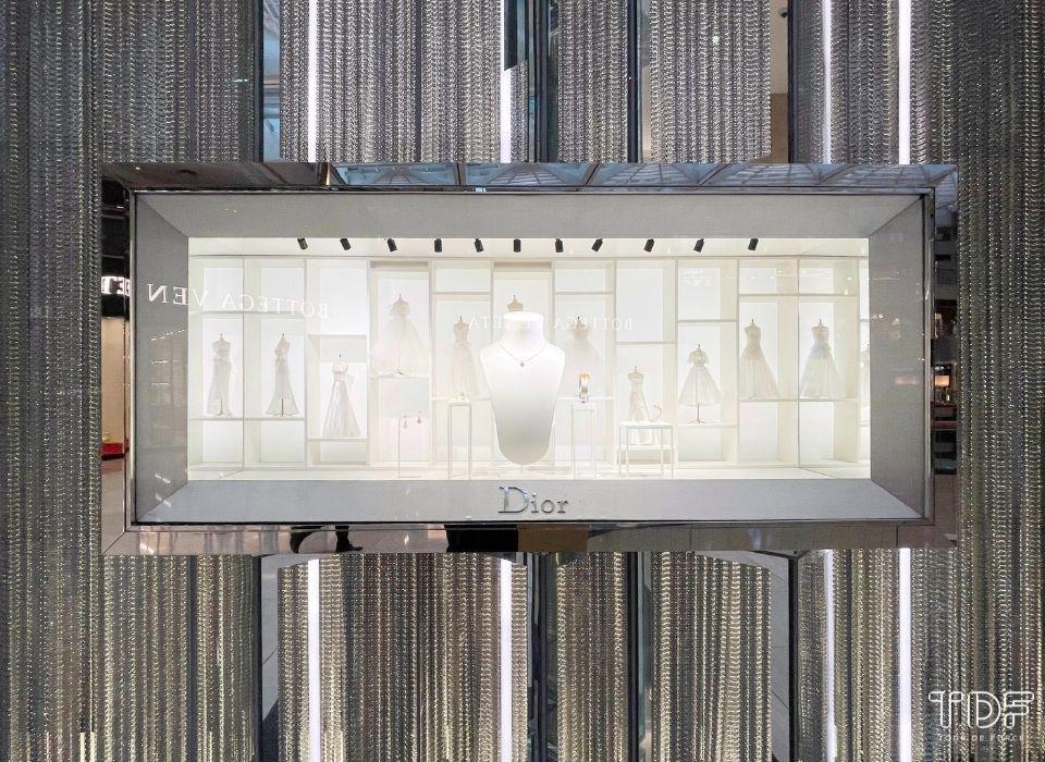 奢侈品橱窗, 视觉营销, 视觉陈列, TDF 视觉陈列, store windows, Chanel SS21, TDF Visual Merchandising Production