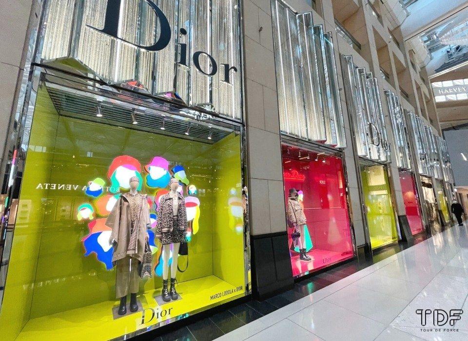 display window, window campaign, store window, TDF visual merchandising manufacturer