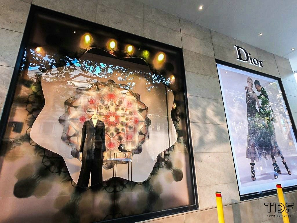 window display props, TDF visual merchandising production, window display suppliers, product display suppliers