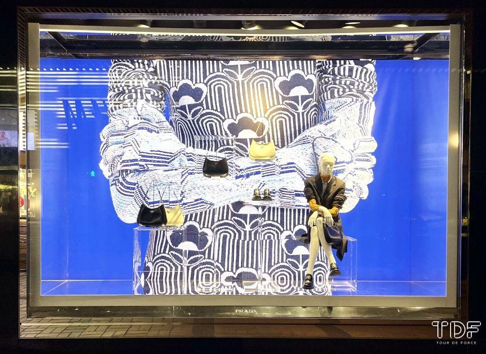 window campaign, store window, visual merchandising, window backdrop, TDF visual merchandising production